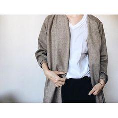 #mulpix . いつもの服、きれいな服より ロングフレアコートをウールで。 . . お高い生地だけど、良いものは長く大事にできそう❤︎ . .  #ハンドメイド大人服  #いつもの服きれいな服 .