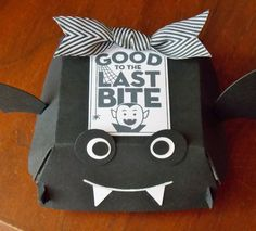 Laura's Works of Heart: QUARTER POUNDER BATTY HAMBURGER BOX: