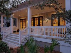Outstanding porch railing height toronto exclusive on homesable home decor Front Porch Railings, Front Porch Design, Front Porch Deck, Front Porch Remodel, Front Porch Addition, Farmhouse Front Porches, Southern Front Porches, Southern Homes, Southern Living