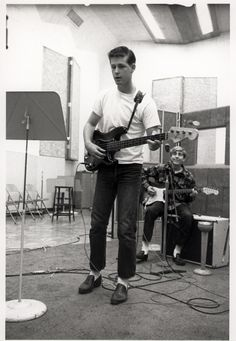 Young Brian Wilson on rehearsal (in early sixties : '61 or '62).