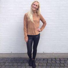"""""""Tjek lige den her fantastiske bluse i ruskind fra @modstrom  Den er kommet i farverne Warm Camel og Black. @loftetaalborg #modström #loftetaalborg #aw15"""""""