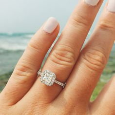 Currently swooning over this halo engagement ring.