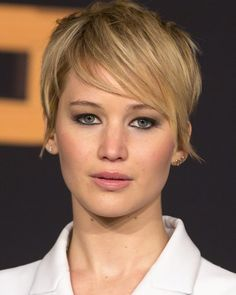 Cool Jennifer Lawrence Photos and Quotes
