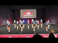 24 second stunt Cool Cheer Stunts, Cheer Jumps, Cheer Gifts, Cheer Mom, Cheer Stuff, Basketball Cheers, Football Cheer, Cheer Formations, Cheer Pyramids
