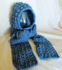 Paula's Quick Cozy Scoodie W/ Hand Warmers pattern by Tamara Adams Hooded Scarf Pattern, Crochet Hooded Scarf, Crochet Hoodie, Crochet Scarves, Crochet Shawl, Knit Crochet, Hooded Blanket, Hooded Cowl, Crocheted Hats