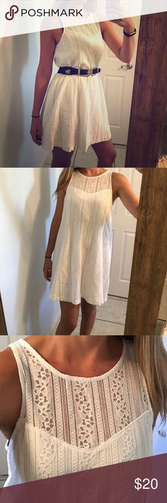 Abercrombie & Fitch White Sundress Like new condition, only worn for pictures here. Great material. Lovely lace throughout with slip underneath. Abercrombie & Fitch Dresses Mini