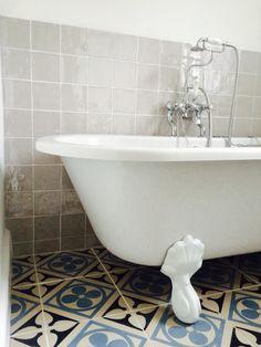 Those tiles - Original style Victorian Bathroom, Clawfoot Bathtub, Tiles, The Originals, Room Tiles, Tile, Backsplash