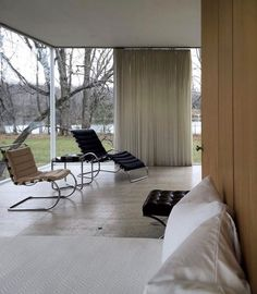 Modern Interior, Interior Architecture, Interior And Exterior, Inspiration Design, Interior Inspiration, Farnsworth House, Minimal Home, Living Spaces, Living Room