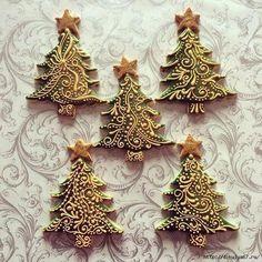 S mobitela - Christmas Tree Cookies Christmas Cupcakes Decoration, Christmas Tree Cookies, Iced Cookies, Christmas Gingerbread, Noel Christmas, Holiday Cookies, Christmas Treats, Christmas Baking, Christmas Chocolate