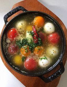 幸せさがし:カラフルトマトのアヒージョ