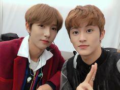 huang renjun x mark lee Nct 127 Mark, Mark Nct, Winwin, Taeyong, Jaehyun, Close Up, Fandom, Dream Chaser, Wattpad