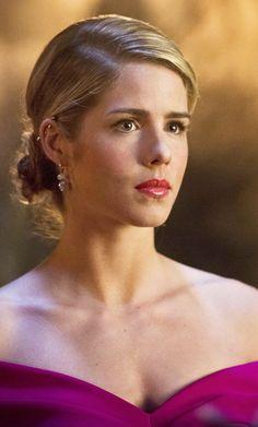 Arrow 4x20 - Felicity Smoak (Emily Bett Rickards) HQ