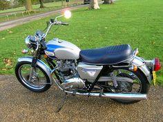 TRIUMPH T140 BONNEVILLE Us silver jubilee limited edition (1977)