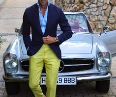 Style III Gentleman's Essentials Smart Casual, Casual Looks, Men Casual, Only Fashion, Mens Fashion, Heavy Clothing, Yellow Pants, Blue Yellow, Tuxedo Dress