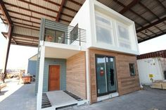shipping container house by bonnie