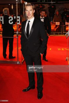 Benedict Cumberbatch attends the UK premiere of War Horse at Odeon Leicester Square on January 8, 2012 in London, United Kingdom.