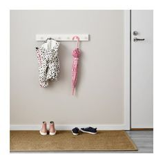 LURT / GUBBARP Rack with 6 knobs IKEA You can easily change the look of the rack by changing knobs. All knobs from the IKEA kitchen range fit. Home Organisation, Closet Organization, Organized Mom, Getting Organized, Purse Rack, Oregon House, Ikea Kids, Steam Showers Bathroom, Pink Room