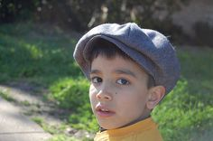 Newsboy cap pattern and tutorial
