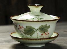 1pc Chinese Jingdezhen blue and white porcelain Gaiwan tea cup lotus 120cc