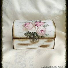Learn more about Picket Decoupage Field, French Shabby, Rustic Stylish, Classic. Shabby Vintage, Vintage Chic, Decoupage Box, Decoupage Vintage, Rose Jewelry, Jewelry Box, Druzy Jewelry, Charm Jewelry, Silver Jewelry