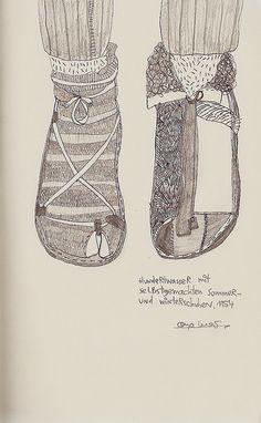 hundertwasser's reversible shoes
