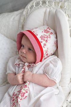 Too cute, free bonnet tutorial.