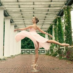 """ollebosse: """" Melissa Chapski photographed by Luis Pons In Capezio Pointe shoes and Camisole Empire Dress. """""""