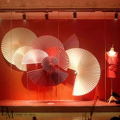 Handmade Craft Visual Merchandising - Large Paper Fan for Window Visual Display. Window Display Retail, Window Display Design, Retail Windows, Store Windows, Spring Window Display, Chinese New Year Decorations, New Years Decorations, Paper Fan Decorations, Umbrella Decorations