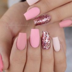 There are three kinds of fake nails which all come from the family of plastics. Acrylic nails are a liquid and powder mix. They are mixed in front of you and then they are brushed onto your nails and shaped. These nails are air dried. Matte Pink Nails, Pink Glitter Nails, Glitter Nikes, Matte Nail Art, Light Pink Nails, Black Nails, Fun Nails, Cute Acrylic Nails, Acrylic Gel