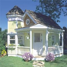 Keep the playroom outdoors and the quiet indoors with this custom-made, built-on-site playhouse! #rosenberryrooms