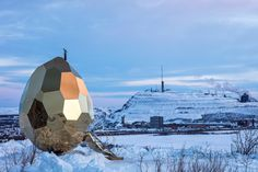 The artistic duo Bigert & Bergström presents the Solar Egg. Both artistic installation and public sauna, the Solar Egg is located in Kiruna, a city in the Saunas, Swedish Sauna, Arctic Landscape, Outdoor Sauna, Hot House, Tiny House, Colossal Art, Arctic Circle, Digital Trends