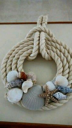 20 Unique Decor Ideas Make Difference Using Diy Seashells is part of Beach crafts Wreaths - Related Posts Seashell Art, Seashell Crafts, Beach Crafts, Summer Crafts, Crafts With Seashells, Seashell Wreath, Driftwood Wreath, Decorating With Seashells, Driftwood Projects