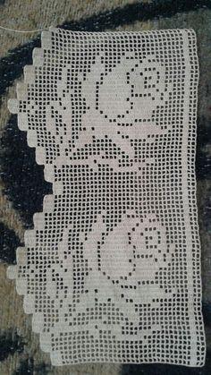 No photo description available. Crochet Bedspread Pattern, Crochet Edging Patterns, Crochet Lace Edging, Crochet Curtains, Crochet Borders, Crochet Diagram, Crochet Round, Hand Embroidery Patterns, Filet Crochet