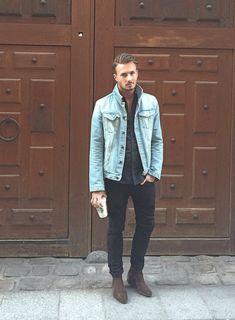 2015-12-02のファッションスナップ。着用アイテム・キーワードはサイドゴアブーツ, シャツ, ブーツ, 黒シャツ, 黒パンツ, Gジャン・デニムジャケット,etc. 理想の着こなし・コーディネートがきっとここに。| No:132435