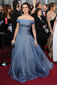 Every year, the who's who of Hollywood put on their best designer wear for the Academy Awards red carpet. There is a billowing of gowns, flashing of multiple camera lights, rushing of interviews, a…
