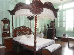 BERNARDINO JALANDONI ANCESTRAL HOUSE (SILAY, NEGROS OCCIDENTAL). Filipino House, Old Houses, Philippines, Interiors, Antiques, Bed, Furniture, Vintage, Home Decor