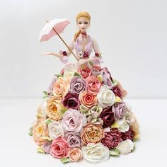 DOROTA'S TABLE & KISS THE CAKE collaboration project ... sugarfigurine ♡ buttercream flower @dorotastable 사랑스런 느낌의 케이크~ #collaboration #project #cake #cakes #figurine #buttercream #buttercreamflowers #kissthecake #flowers #flower #doll #sugardoll