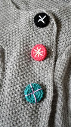ingthings: DIY (yes, again;) this time: little crochet buttons ..JUST BEAUTIFUL!!!