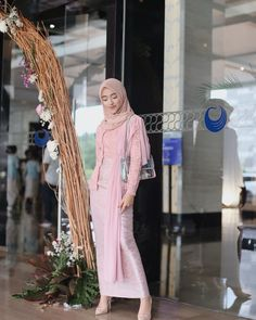 Dress party graduation fit, cant believe its been a good 3 years in highschool! graduation fit, cant believe its been a good 3 years in highschool! what a rollercoaster ride it is, one full of hardwork, pain and… Kebaya Modern Hijab, Dress Brokat Modern, Model Kebaya Modern, Kebaya Hijab, Kebaya Muslim, Muslim Gown, Hijab Prom Dress, Prom Party Dresses, Bridesmaid Dresses