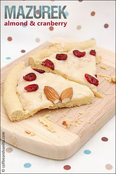 Almond and Cranberry Kaymak Mazurek – Traditional Polish Easter Pie Easter traditions Almond & Cranberry Kaymak Mazurek - Traditional Polish Easter Pie Polish Desserts, Polish Recipes, Vegan Desserts, Delicious Desserts, Yummy Food, Polish Food, Easter Pie, Easter Dishes, Easter Cookies