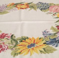 Embroidery tablecloth                                                                                                                                                     Más