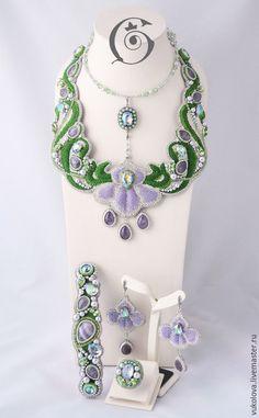 """Купить Колье """"L'elisir d'amore"""" - сиреневый, зеленый, серебристый, жемчуг Сваровски, кристаллы сваровски, аметист"""