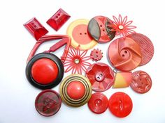 Red and Maroon Vintage Bakelite and celluloid Buttons.