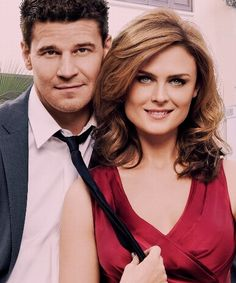 when does bones and booth start dating
