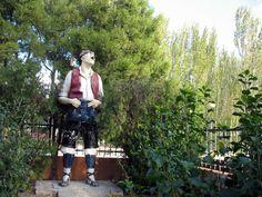 Monumento a la jota del Barrio del Arrabal (Zaragoza)