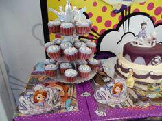 Sofia the first cupcake