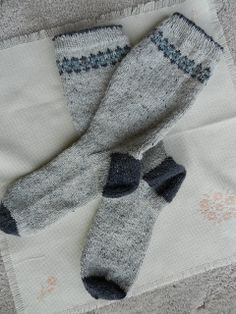 Ravelry: Fair Isle Socks pattern by Sarah Dallas...a nice simple pattern...
