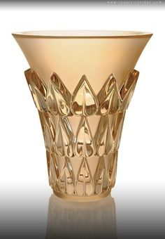 LALIQUE EXQUISITE GOLD LUSTER COLLECTION by jannyshere