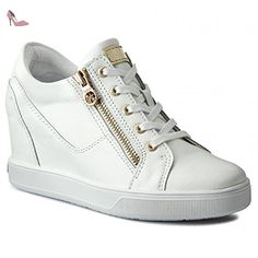 Guess Baskets Finna Blanc Pointure 39 - Chaussures guess (*Partner-Link)