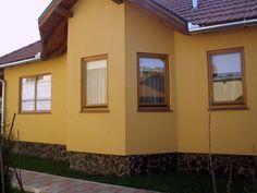 Casa din lemn finisata la cheie Case, Garage Doors, Windows, Outdoor Decor, Home Decor, Decoration Home, Room Decor, Home Interior Design, Carriage Doors